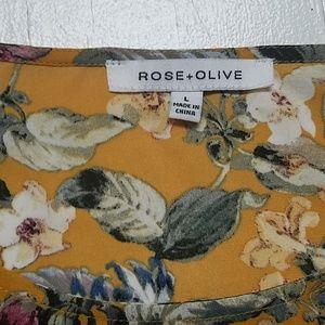 Rose & Olive Tops - EUC Rose + Olive floral top size Large